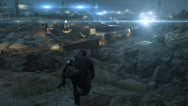 「潛龍諜影 5: 原爆點 (Metal Gear Solid V:  Ground Zeroes)」- 畫面空間環境光遮蔽互動比較圖 #1