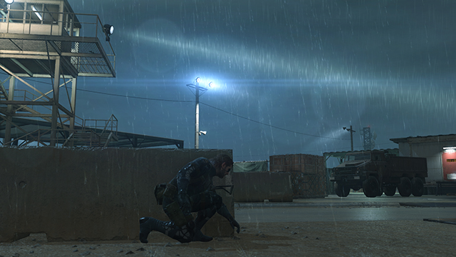 「潛龍諜影 5: 原爆點 (Metal Gear Solid V:  Ground Zeroes)」- 特效互動比較圖 #1